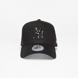 Gorra New Era Camo Infill Trucker NY Yankees negro