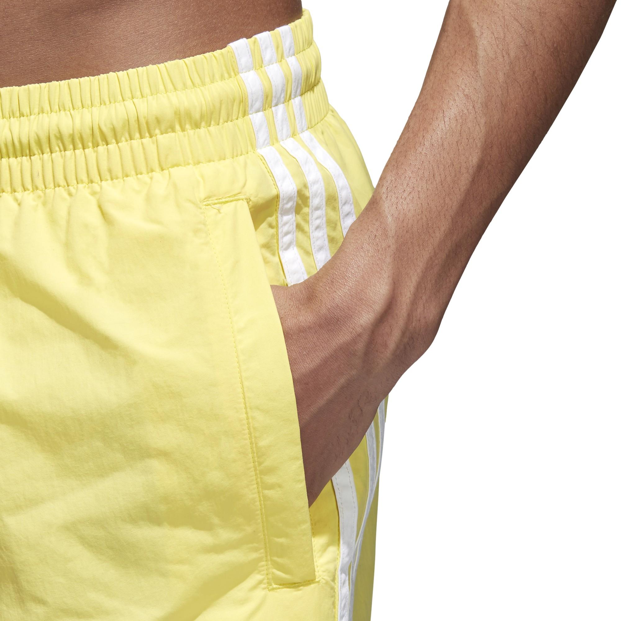 a6281f9e5b36 Pantalón Adidas 3 Bandas Amarillo Hombre - Deportes Moya