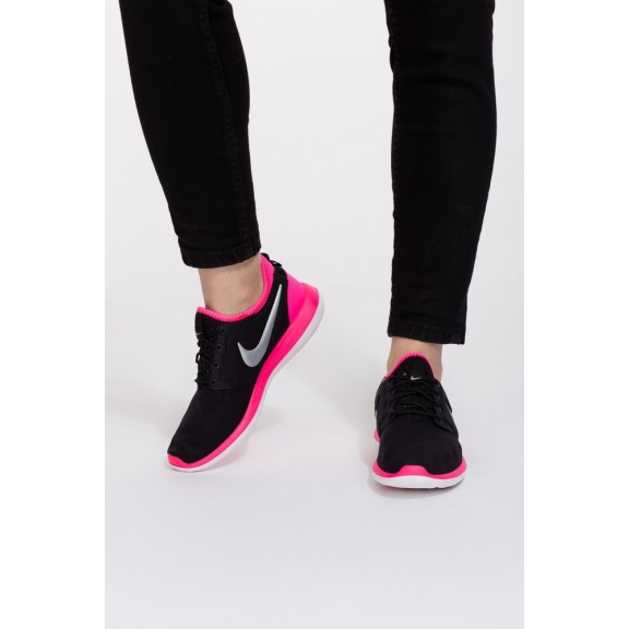 Zapatillas Nike Roshe Two Gs Negro Fusia Junior - Deportes Moya 80a4da87bc8bb