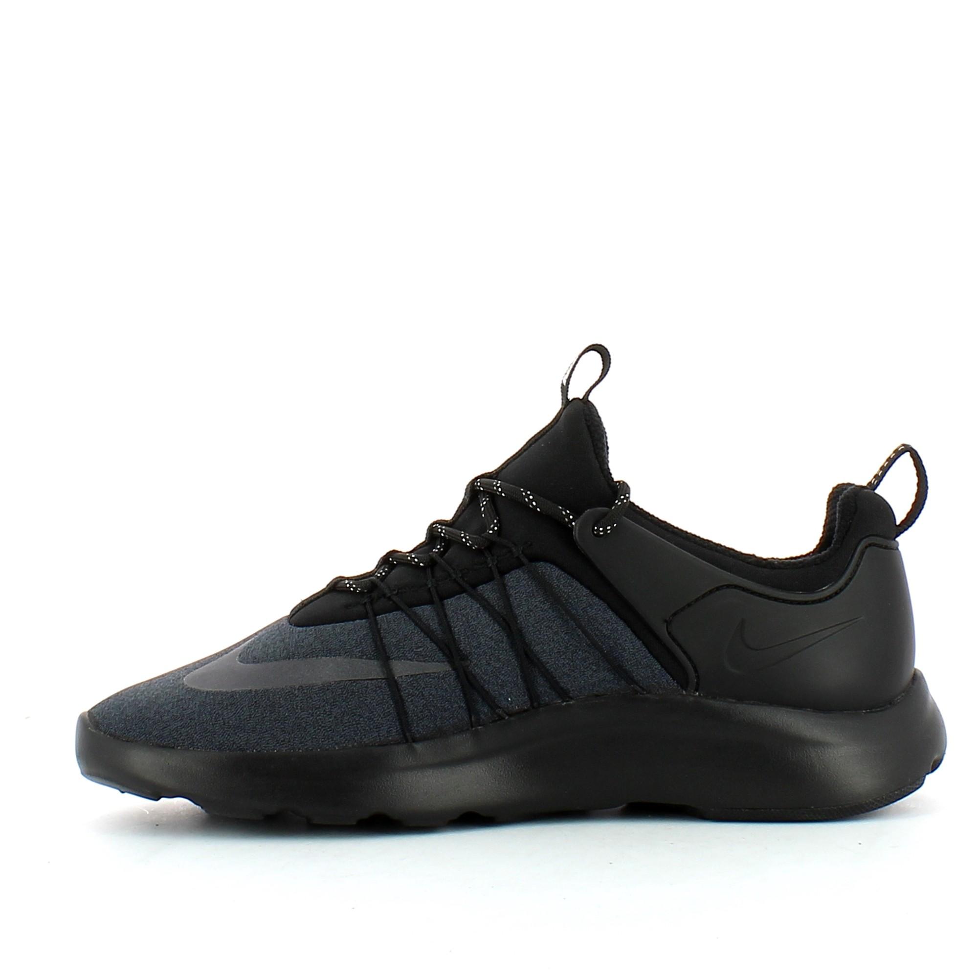 a933e67e Zapatillas Nike Darwin Shoe Negro Hombre - Deportes Moya