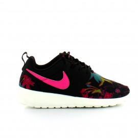 Zapatillas Nike Roshe One Print negro rosa mujer
