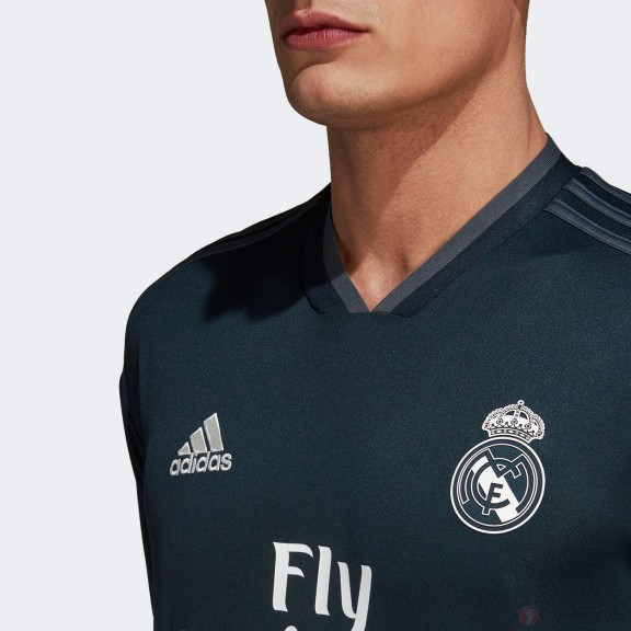 e9ad3d80b09d0 Camiseta Fútbol Adidas Real Madrid 2018 19 2ª Negra Hombre ...