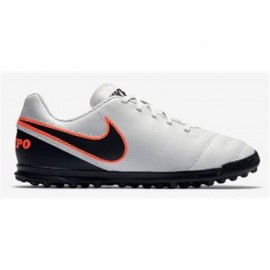 Botas fútbol Nike jr tiempo rio III Tf blanco junior185244