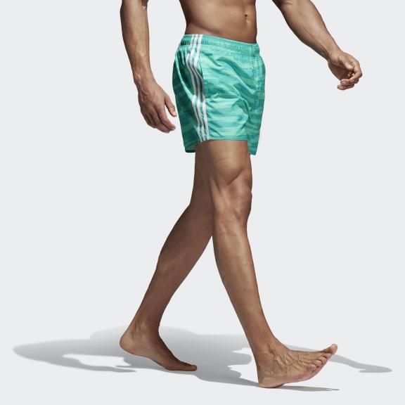3888bf8c3d35 Bañador adidas Allover print 3 bandas verde hombre