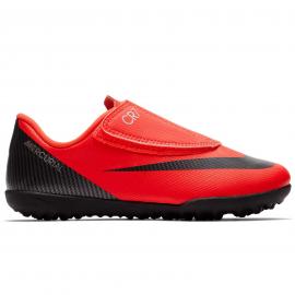 255721e4777c3 Zapatillas fútbol Nike VaporX 12 club CR7 psv naranja niño