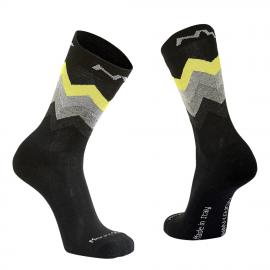 Calcetines altos Northwave Core negro-amarillo fluor