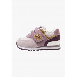 Zapatillas New Balance IV574MLG rosa bebé