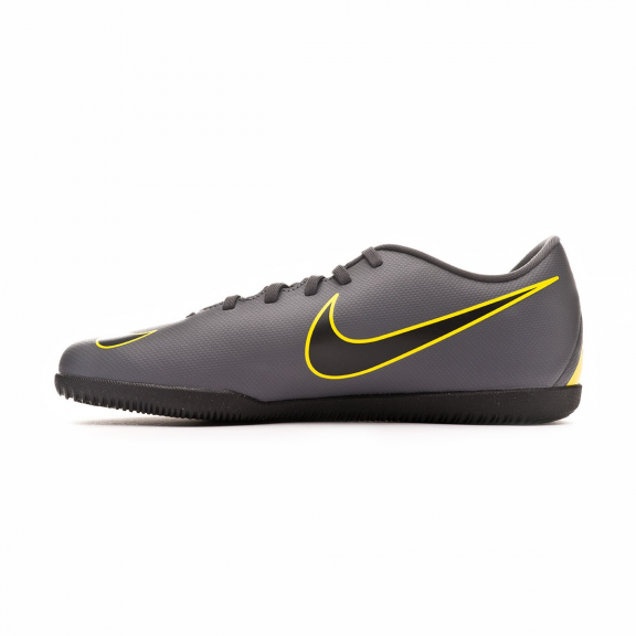 newest collection 9fb90 05a97 Zapatillas fútbol sala Nike Vaporx 12 Club Ic gris hombre - Deportes ...
