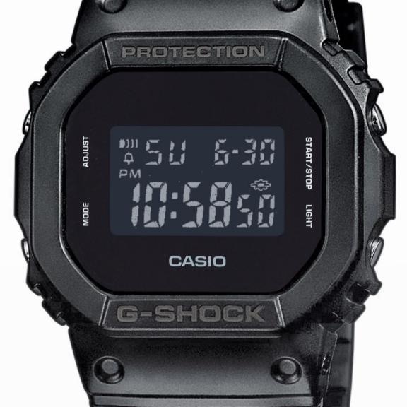 1169dfb77566 Reloj Casio G-Shock DW-5600BB-1ER negro - Deportes Moya